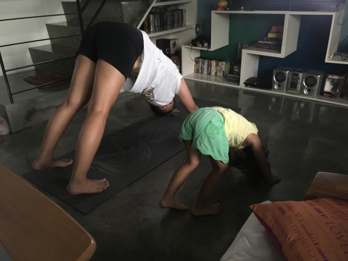 yoga_home_w_kid