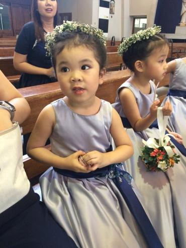 akira_flower_girl_church