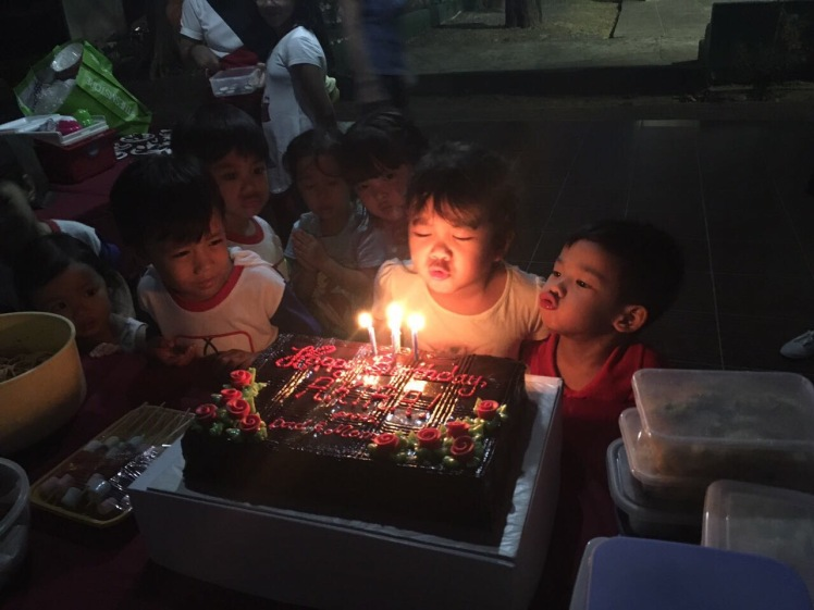 birthday_candle_blowing