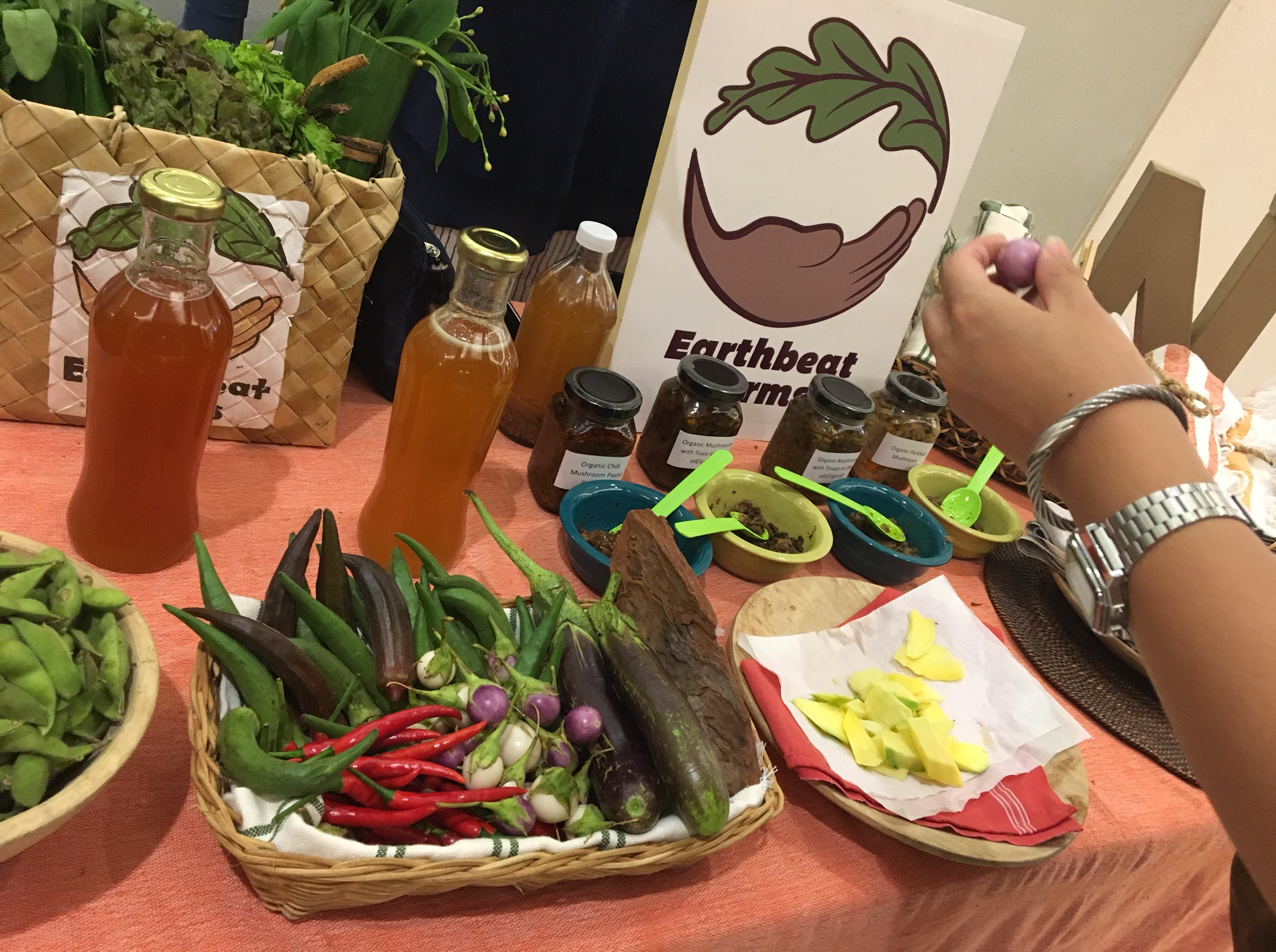Earthbeat_Farms_Display