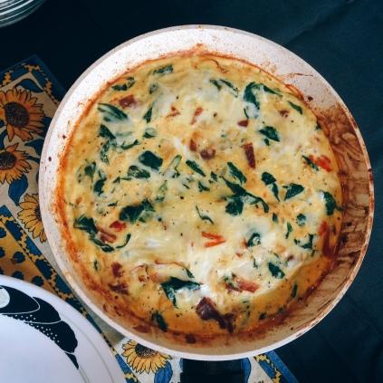 spinach_prosciutto_frittata_plated