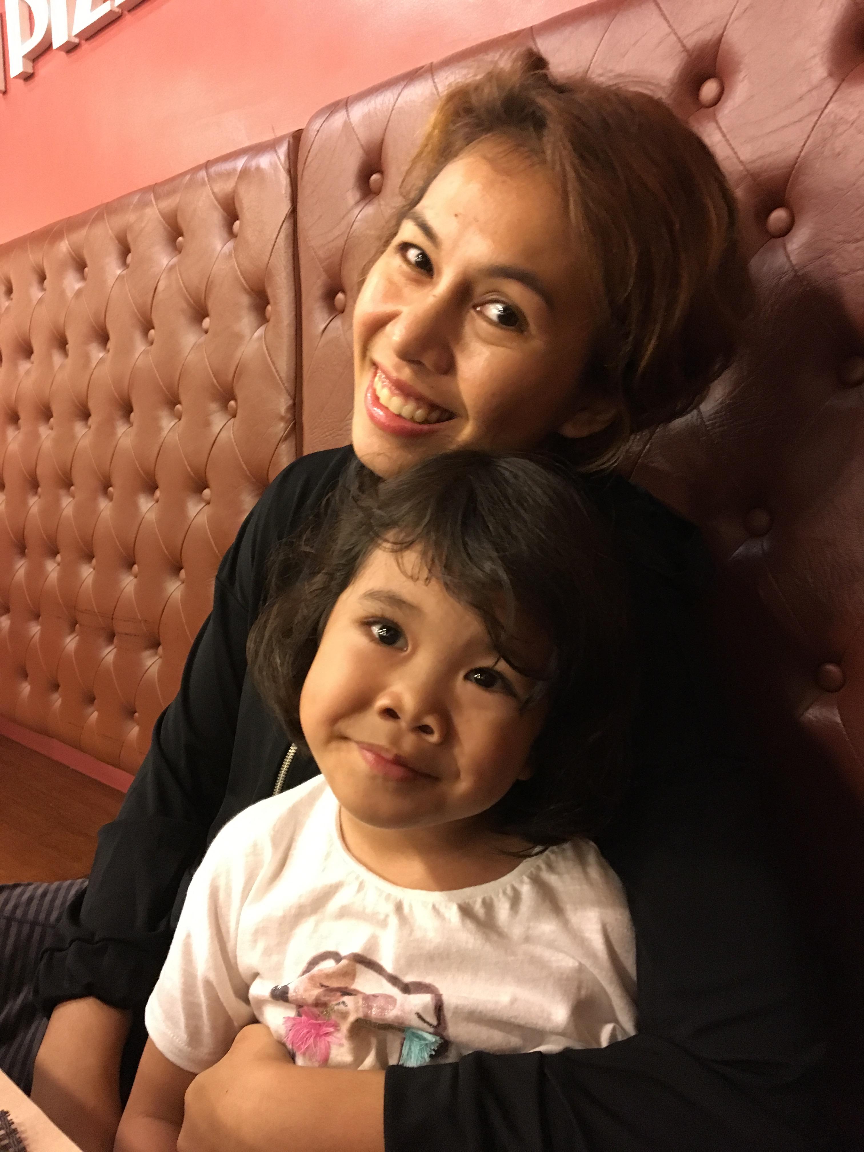 Mom_and_Aki